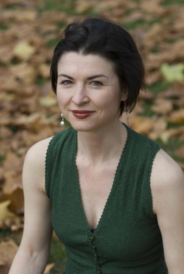 Isobel Dixon by Jo Kearney